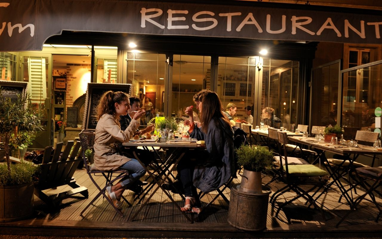 Restaurants des sables d 39 olonne vous accueillant apr s 22h - Restaurant le port les sables d olonne ...